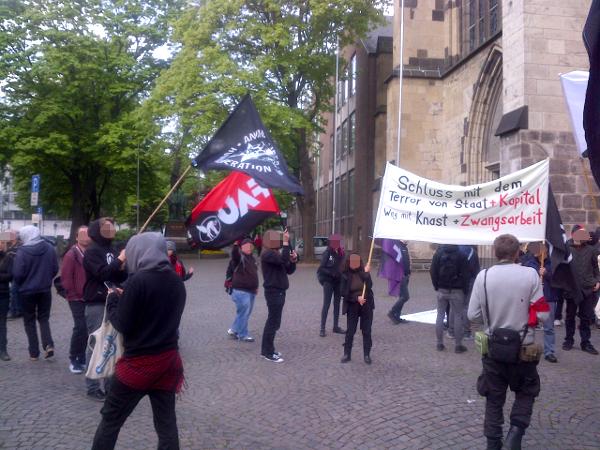 Libertäre 1.Mai-Demo in der Kölner Innenstadt